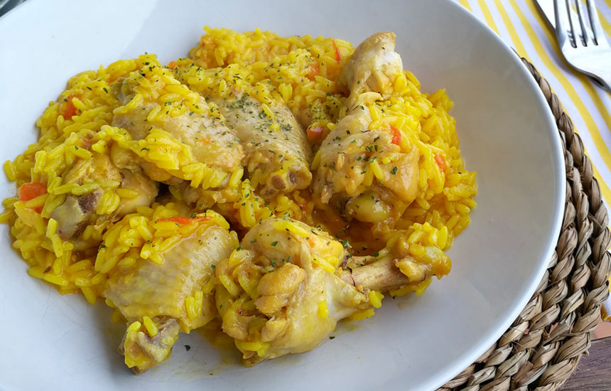 Arroz con pollo Nutrave en olla exprés