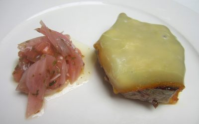 Pollo gratinado con queso ahumado