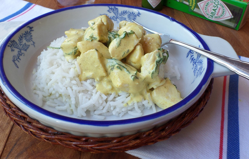 Pechugas de pollo al curry con arroz basmati